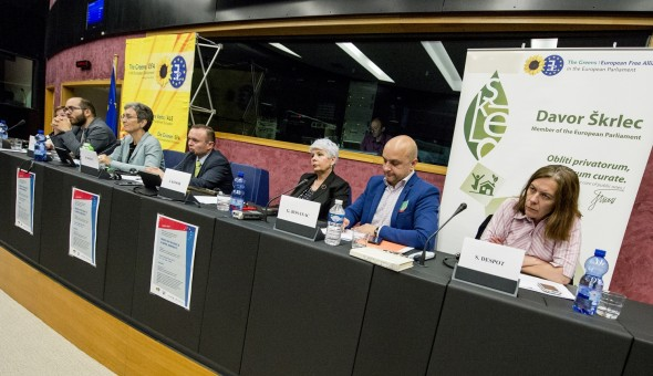 Round table - ' Croatia on the road to illiberal democracy ? '